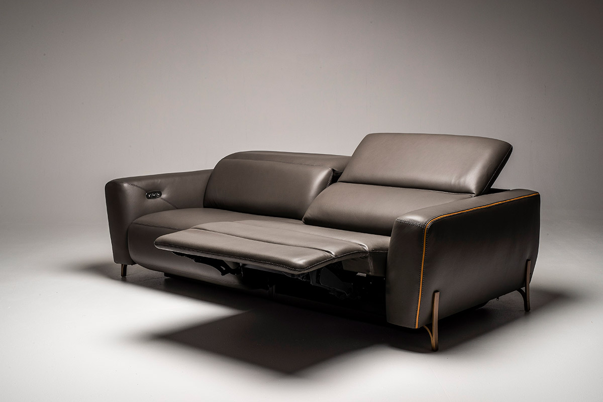 Awe Inspiring American Leather Turin Interior Design Ideas Ghosoteloinfo